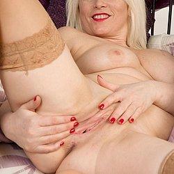 Blond nackt muschi geil Nackte deutsche